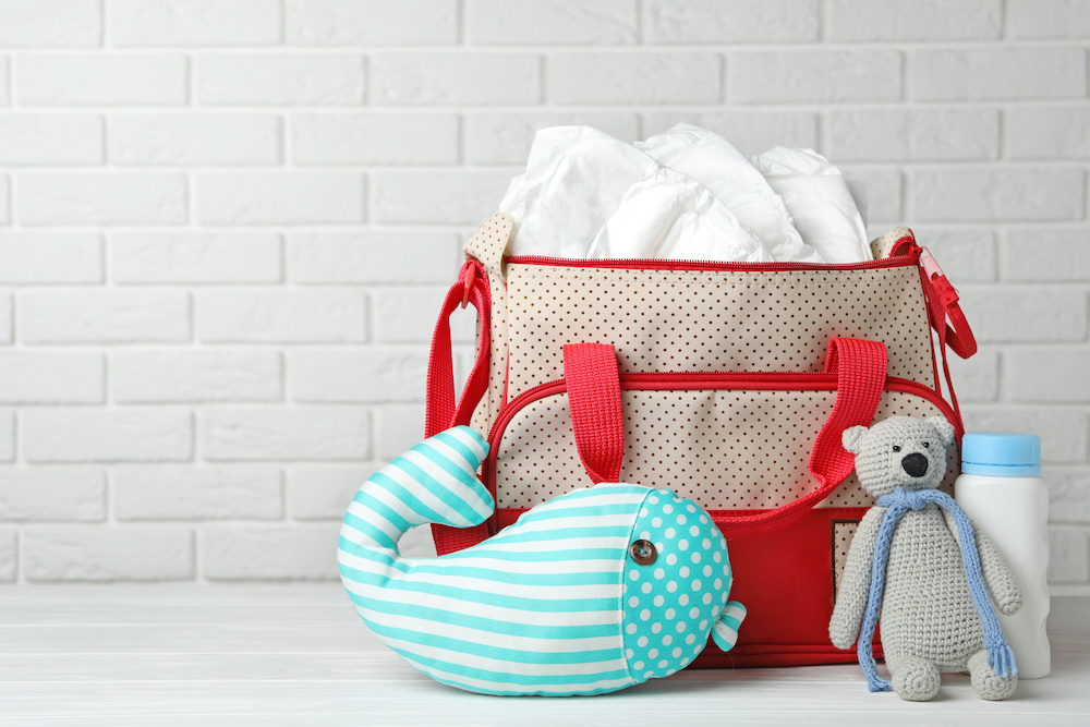 what to pack in diaper bag for newborn